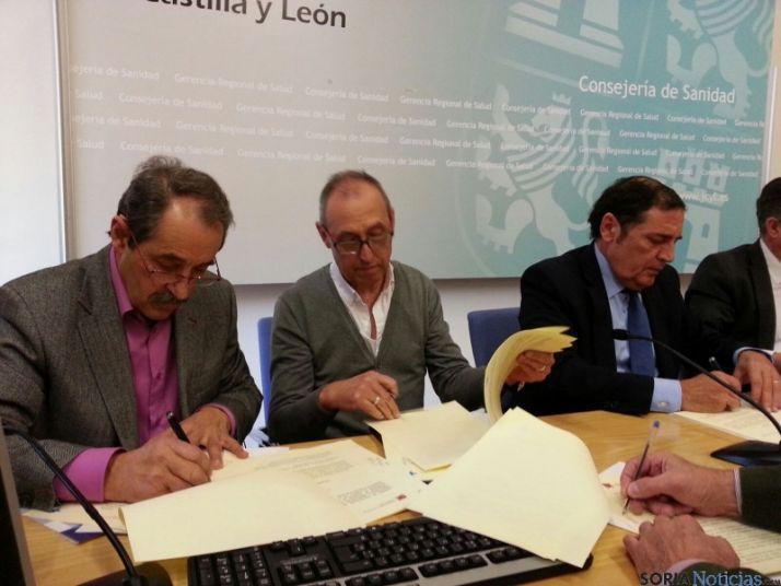 Foto 1 - Convenio de colaboración entre la Fundación de Hemoterapia y la Hermandad de Donantes