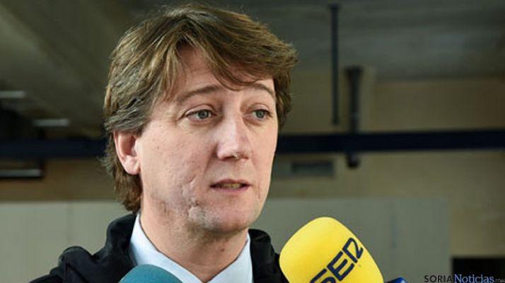 El alcalde, en una visita a las obras del mercado./SN