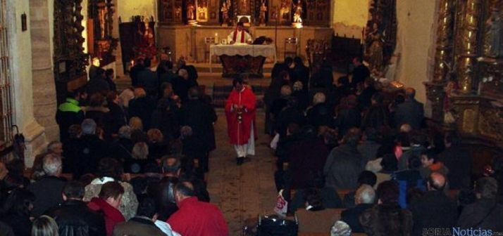 Ceremonia eucarística en  honor a San Blas
