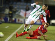 Foto 4 - Al Numancia le sabe a poco el empate frente al Córdoba (1-1)
