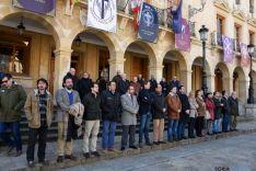 Minuto de silencio en el Ayuntamiento de Soria. /Ana Isla