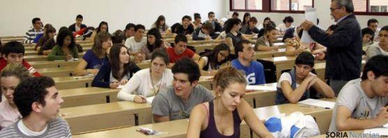 Los universitarios pueden solicitar dos tipos de ayuda.