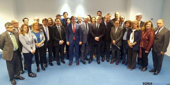 El grupo de senadores de Castilla y León este jueves.