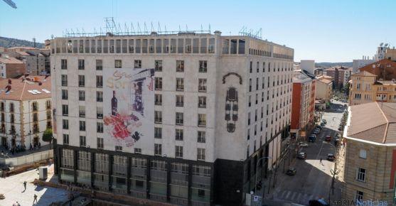 Antigua sede de Caja Soria en la ciudad.