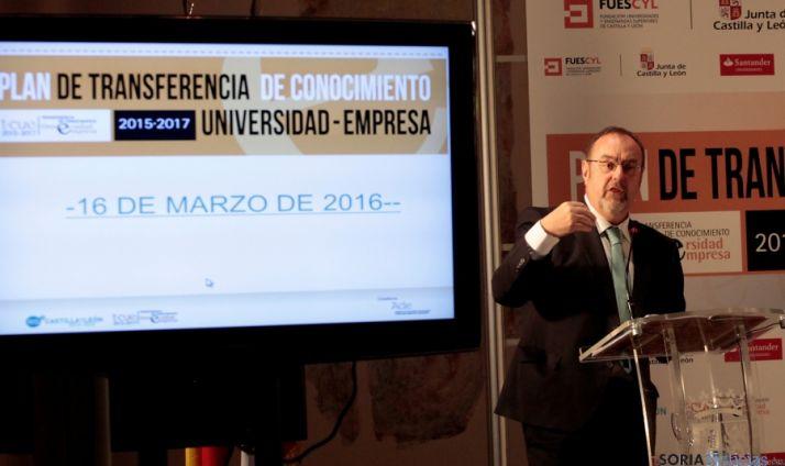 El consejero de educación, Fernando Rey. / Jta.