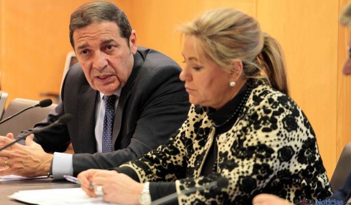 Antonio Saez Aguado y Rosa Valdeón. / Jta.