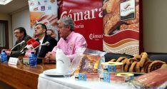 Egido, (izda.), Santamaría y Ruiz, este viernes en la Cámara de Comercio. / SN