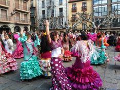 Baile de sevillanas en la plaza Mayor