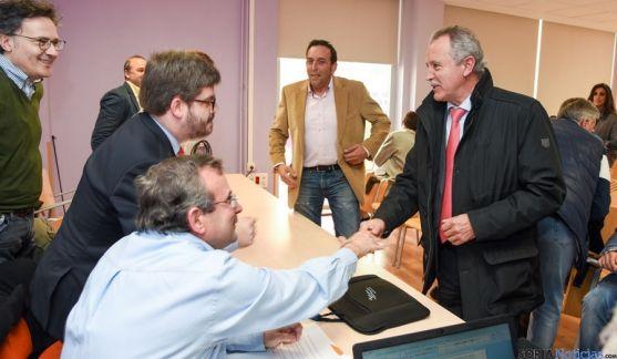 De Miguel saluda al coordinador de Ciudadanos en Soria.