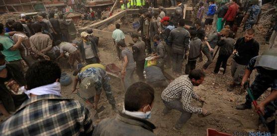 Labores de rescate tras el terremoto en Ecuador. / CE