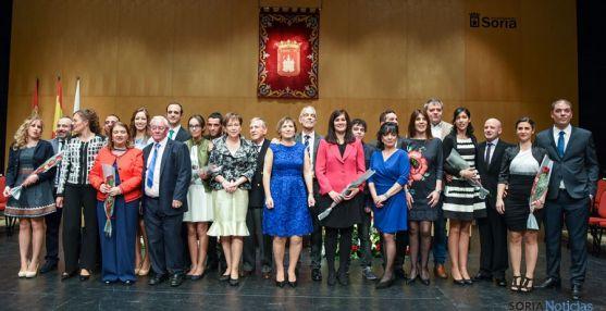 Foto de familia de los que serán jurados de San Juan para 2016. / ANA ISLA