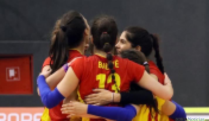 La selección femenina junior, cerca de ganar a Croacia.