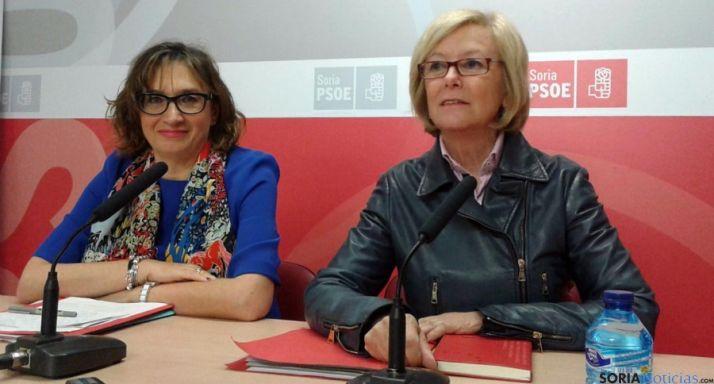 María Irigoyen (dcha.) y Carmen Pereira, este viernes. / SN