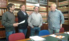 Los cuatro grupos de la oposición, unidos para conocer la deuda viva municipal.
