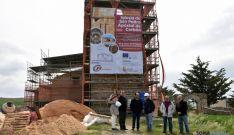Obras de restauración en la iglesia de la localidad de Tierras Altas. / Jta.