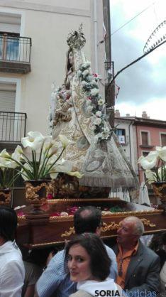 Procesión con la Virgen de los Remedios