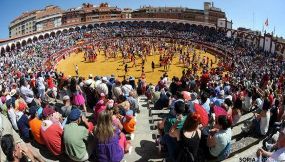 Imagen de un Viernes de Toros en Soria. / Ana Isla
