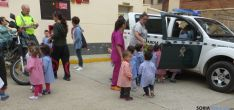 Niños de Virgen el Espino en una visita./Subdelg.