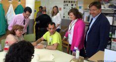 Visita a ASAMIS de los candidatos del PP.