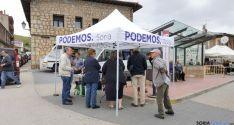 La carpa de Podemos en la localidad.