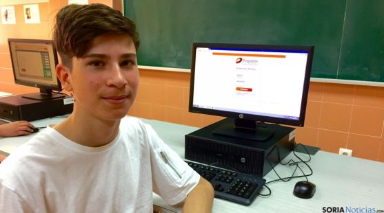 Juan Elviro, en el colegio de Escolapios.