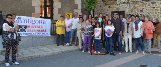 Jornada contra la violencia de género en Navaleno