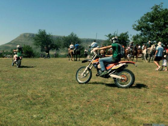 Motos, en el monte Valonsadero