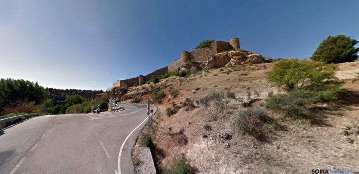 Imagen del acceso a la localidad./ GM
