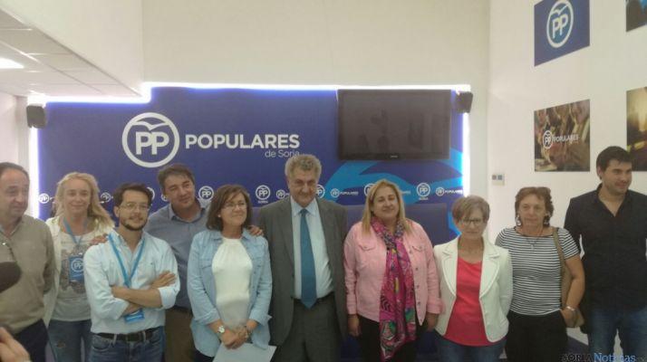 Representantes del PP, anoche, satisfechos con los resultados
