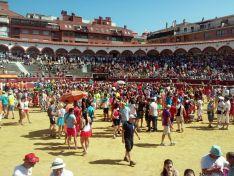 Fiesta y buen humor en el Viernes de Toros. /SN