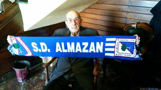 El centenario hostelero fundó la SD Almazán.