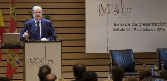Juan Vicente Herrera en la presentación del plan sanitario. / Jta