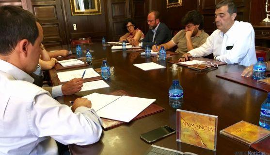 La reunión sobre el evento entre las distintas partes implicadas. / Ayto.