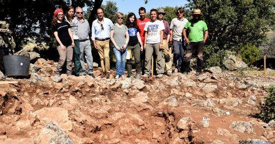 El equipo de excavadores en Renieblas. / Jta.