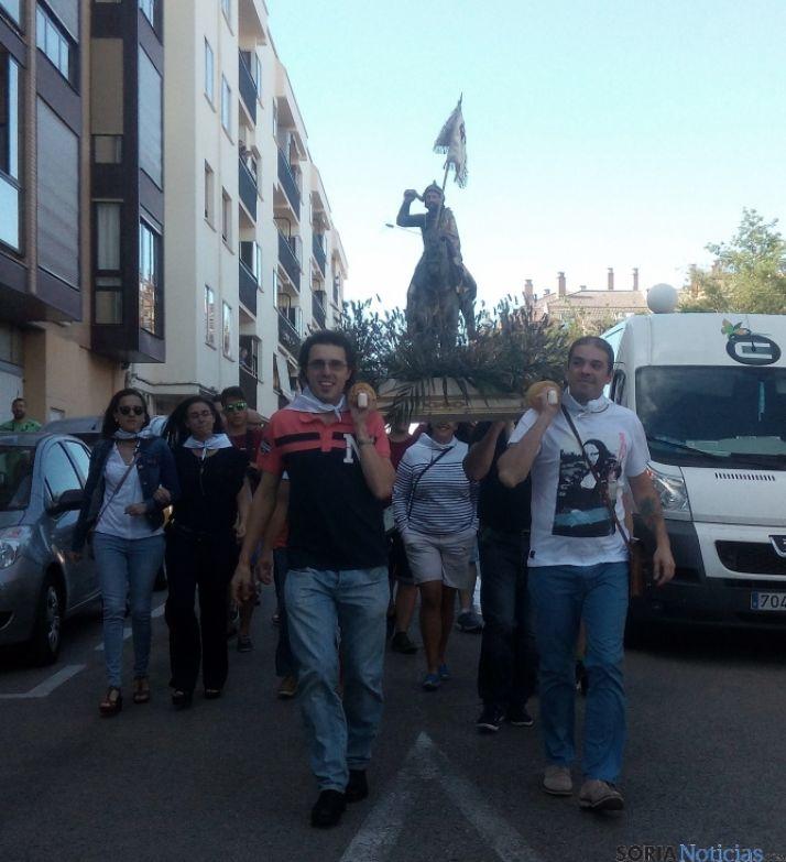 Imagen del pasacalles celebrado en el Calaverón. /SN