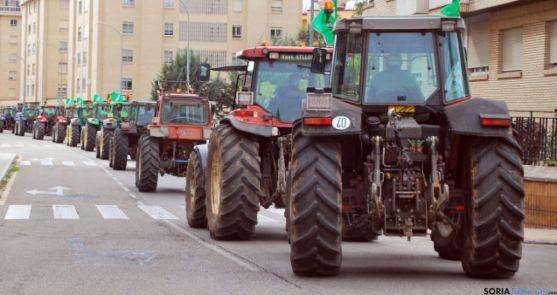 Un grupo de tractores en la capital./SN