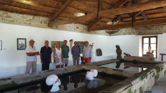Inauguración de la muestra artístico en el lavadero de San Andrés