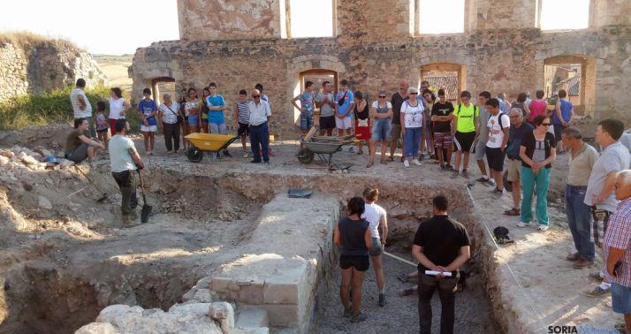 Una de las zonas excavadas en el palacio berlangués.