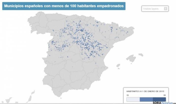 Mapa de los municipios con menos de 100 habitantes. /El País