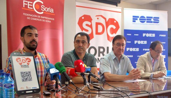 Esteras (izda.), Muñoz, Gil y López este jueves. / SN