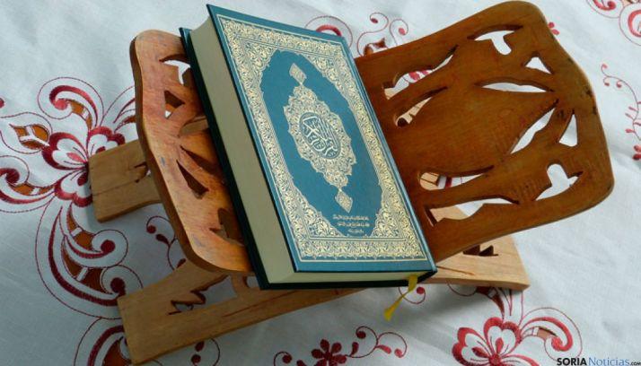 El Corán, libro sagrado del Islam.