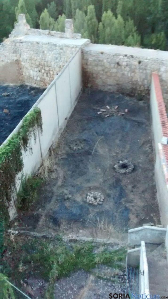 Sofocado un pequeño incendio en una vivienda de Almazán (Soria).