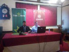 Eduardo Munilla y Valentín Guisande durante la conferencia./SN