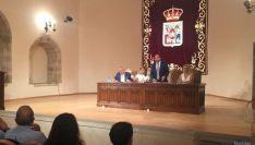 Alcaldes en la reunión del Consejo provincial