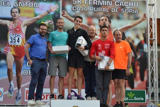 Ganadores de la K5 Fermín Cacho. /SN