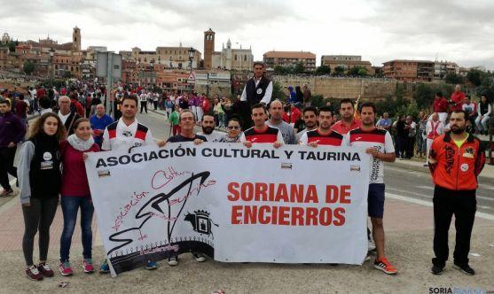 Algunos de los sorianos este martes en Tordesillas. / SN