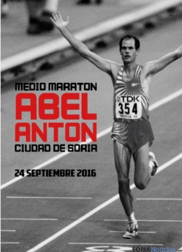 Foto 1 - Jornada de atletismo con la Media Maratón Abel Antón