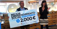 Pablo Gerbolés, con el primer premio en la sexta edición de El Hueco Starter. / SN