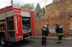 Los bomberos en el lugar del conato./SN