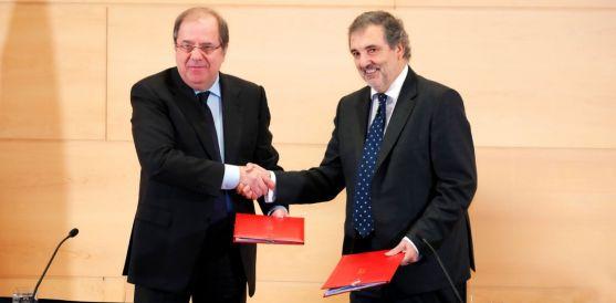 Herrera y el presidente de Telefónica España, Luis Miguel Gilpérez. / Jta.